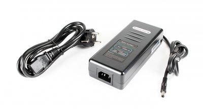 36 Volt lader 2A / 2.5A Li-ion DC Connector